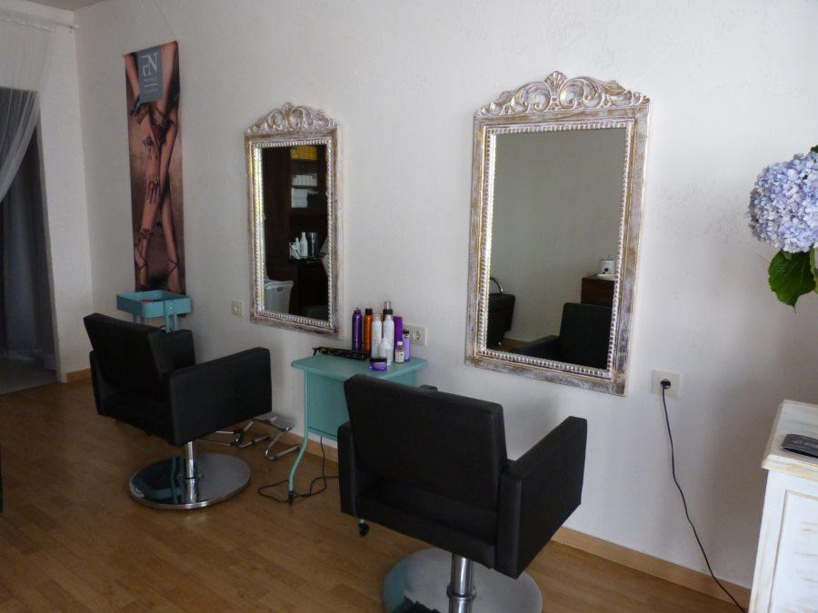 Muebles para peluqueria y spa 20170804121034 for Muebles padron